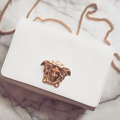 Pin by Taschen Designer Handbags on Designer handbags in 2019 Luxury Bags, Luxury Handbags, Purses And Handbags, Cheap Handbags, Designer Handbags, Designer Bags, Popular Handbags, Luxury Purses, Popular Bags