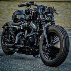 Ducati Cafe Racer, Honda Bobber, Motos Honda, Yamaha Virago, Bobber Bikes, Honda Bikes, Harley Bobber, Mini Chopper Motorcycle, Motorcycle Wiring