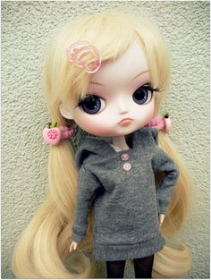 Dal Blythe Gray/Floral print Blouse Hoodie with 2 by giraffedolls, zł25.00