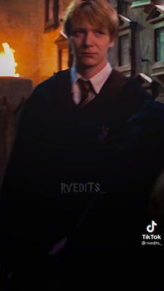 Harry Potter Gif, Harry Potter Images, Harry Potter Characters, Slytherin, Hogwarts, Phelps Twins, Oliver Phelps, Weasley Twins, Harry Potter Aesthetic