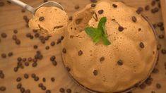 Mousse de café. É impossível resistir... Bolo Fresco, Plant Based Eating, Chocolate, Food Inspiration, Mashed Potatoes, Food And Drink, Ice Cream, Pudding, Healthy Recipes