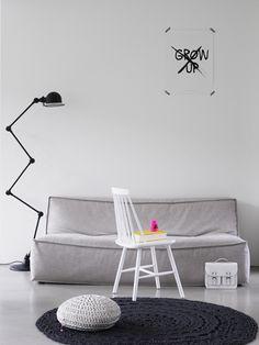 Minimalistic gray living room. http://www.moviq.nl/nl/Interieur/Woonkamer