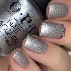 Opi ornament to be together/ Love OPI, XOXO Holiday Winter 2017 Collection