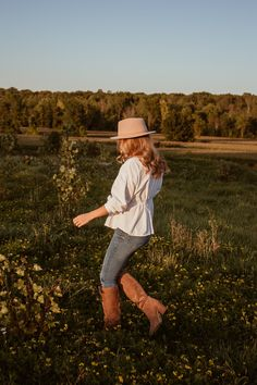 western vibes this fall - The Couture Complex Light Hair, Beautiful Blouses, Dark Denim, Suits You, Summer Girls, Suede Boots, Warm Weather, Happy Shopping, Cowboy Hats