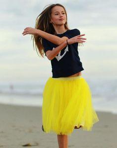 クリスティーナ・ピメノヴァが更に美しく成長していた!期待を裏切らないロシアの天使は映画に出演し女優になった! …