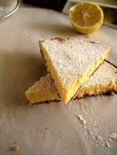 Το λεμόνι είναι ένα από τα πλέον αγαπημένα μου συστατικά, τόσο στη μαγειρική όσο και στη ζαχαροπλαστική. Έτσι, δεν είναι άξιο απορίας που παρόλο που δηλώνω