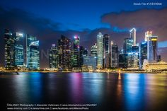 Singapore Skyline at Night - http://www.mlenny.com/wp-content/uploads/55939008.jpg