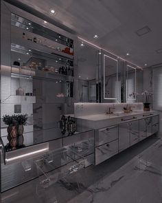 Dream House Interior, Luxury Homes Dream Houses, Dream Home Design, Modern House Design, Home Interior Design, Home Building Design, Bathroom Design Luxury, Dark Interiors, Dream Rooms