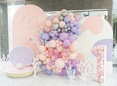 Mermaid Party Decorations, Birthday Decorations, Girl Birthday Themes, 1st Birthday Parties, Baby Shower Deco, Balloon Garland, Balloon Backdrop, Mermaid Birthday, Party Time