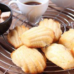 Madeleine cl cioccolato bianco #foodphotography #italianfood #italianrecipe #cookies