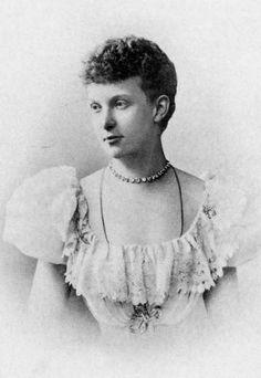 Her Serene Highness Princess Heinrich XVIII Reuss of Köstritz (1868-1942) née Her Highness Duchess Charlotte of Mecklenberg-Schwerin