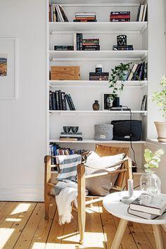nice 45 Lovely Scandinavian Bookcases to Get Inspired Decoration Inspiration, Decoration Design, Room Inspiration, Interior Inspiration, Scandinavian Interiors, Scandinavian Living, Scandinavian Christmas, Christmas Decor, Minimalist Decor