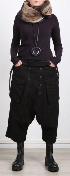 rundholz dip pullover in tellerform cashmere mix black. Black Bedroom Furniture Sets. Home Design Ideas