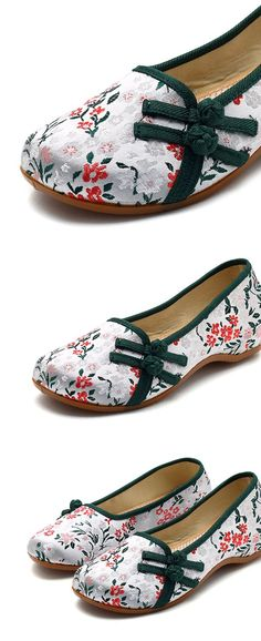 c7583c7e775 Frog Closures Embroidered Flower Vintage Flat Shoes is cheap and  comfortable. There are other cheap women flats and loafers online.