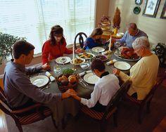 Orando en familia.  Que nuestros hijos conozcan la importancia de la orasión