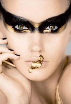 Gorgeous Golden Black Swan Makeup