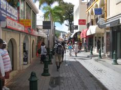 philipsburg st. maarten shopping at DK Gems VOTED BEST jewelry stores in st maarten by the DAILY HERALD. DK Gems is located on 69A front street in Philipsburg, Sint Maarten. So when in St Maarten or St Martin come to visit the BEST st maarten jewelry stores. We'll be happy to help you chosse the best jewels for you.