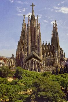 The Masterpiece by architect Antoni Gaudi, his amazing and incredible inside and out La Sagrada Família Basilica in Barcelona, Spain Church Architecture, Amazing Architecture, Beautiful Buildings, Beautiful Places, La Provence France, Places To Travel, Places To Visit, Antonio Gaudi, Barcelona Travel