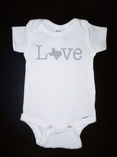 Texas Love onesie by hillingtons on Etsy, $15.00