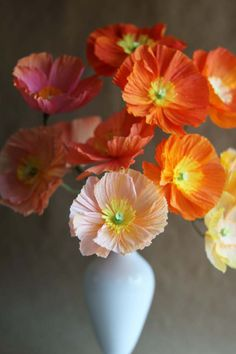 DIY PAPER ICELANDIC POPPIES via design sponge