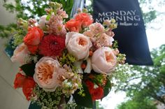 Peaches and corals, a #wedding #trend for 2014 www.perfectweddingflowers.com