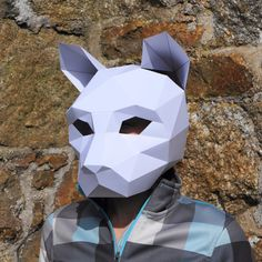 I've redesigned and improved one of our most popular mask, the cat. These plans enable you turn any recycled card into a 3D Polygon CatMask. Just print the tem