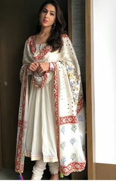 Brides side milad or nikkah outfit Inspo Bollywood Dress, Pakistani Dresses, Bollywood Fashion, Indian Dresses, Indian Outfits, Bollywood Girls, Indian Attire, Indian Wear, Anarkali Frock