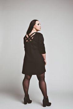 sukienki-Sukienka Look Back Dress oversized  casual black tunic