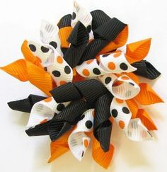 """How To Make Mini Korker Hair Bow Instructions using 1/4"""" ribbon  1/4"""" wooden dowels  small binder clips  hair clip  glue gun  strong thread"""