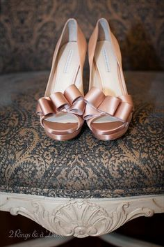 Blush wedding shoes | 2 Rings and a Dress