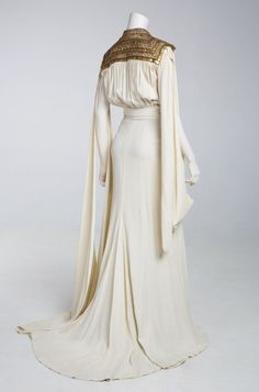 Fripperies and Fobs Costume designed by Dolly Tree for Myrna Loy in I Love You Again From the Museum of Brisbane Vintage Outfits, Vintage Dresses, Vintage Fashion, 1930s Fashion, Victorian Fashion, Gothic Fashion, Historical Costume, Historical Clothing, Costume Hollywood