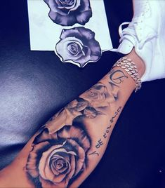 No photo description available. – # description # available … – diy tattoo images – tatowieren Dope Tattoos For Women, Beautiful Tattoos For Women, Sleeve Tattoos For Women, Girly Tattoos, Badass Tattoos, Pretty Tattoos, Tatoos, Girl Leg Tattoos, Dream Tattoos