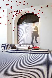 Fashion icon Jean Paul Gaultier has strutted off the runway and into modern homes with his fashionable interior designs. Gaultier translates his Jean Paul Gaultier, French Furniture, Wicker Furniture, Unusual Furniture, Modular Furniture, Roche Bobois Mah Jong, Patterned Furniture, Elle Decor, Home Collections