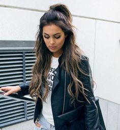 Very Light and Fresh Look. - Street Fashion, Casual Style, Latest Fashion Trends - Street Style and Casual Fashion Trends Mode Outfits, Fall Outfits, Casual Outfits, Summer Outfits, Mode Statements, Mode Ootd, Looks Style, Mode Inspiration, Fashion Inspiration