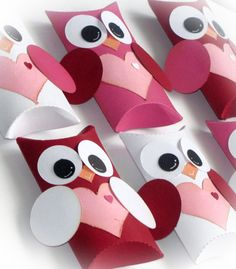 Who Loves You Owl Valentine Pillow Gift Box Set of 12 boxes Red Pink White