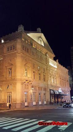 Teatro Colon (Opera House) Buenos Aires, ARGENTINA. De noche