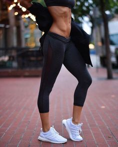 BURN FAT + BUILD MUSCLE WITH THIS 4-DAY PROGRAM TO JUMP START YOUR WEIGHT LOSS // https://www.actionhouse.com/splash/chelsey-rose/