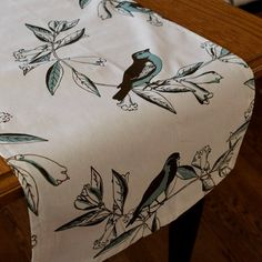 VIntage Bird Table Runner by catarinaloveshomes on Etsy, $20.00