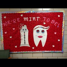 This is a great idea to incorporate in office decorating! day decorations for office bulletin boards Dekorationen für Office Bulletin Boards Health Bulletin Boards, Nurse Bulletin Board, Office Bulletin Boards, Valentine Bulletin Boards, Dental Hygiene School, Dental Humor, Dental Hygienist, Dental Assistant, Dental Health Month