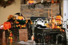 Decorating Ideas for an Enchanting Halloween Instructional Slideshow - FREE