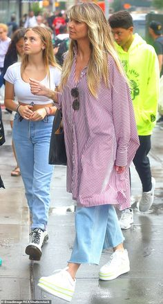 Heidi Klum's Children, Leni Klum, Teenage Outfits, Mature Fashion, Model Street Style, Cute Casual Outfits, Style Inspiration, How To Wear, Mature Style