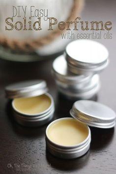 Perfume sólido simples e fácil de fazer! Melhor opção que pode existir aos perfumes cheios de componentes tóxicos que existem por aí.
