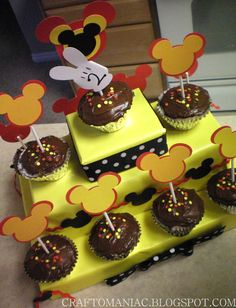 Mickey Party ~ some great ideas here