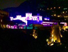 #Rocher #palaisdemonaco in pink in support of #breastcancerawareness #breastcancerawarenessmonth #pinkribbonmonaco #lightupinpink #breastcancersupport #monaco #pinklights #montecarlo proud! by nat_frost_s from #Montecarlo #Monaco