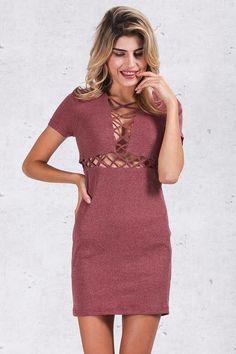 Vestido Canelado Detalhe no Decote - Compre Online