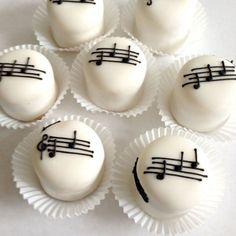 Music Petit Fours - nrio * Music Themed Cakes, Music Cakes, Cake Cookies, Cupcake Cakes, Bolo Musical, Mini Tortillas, Little Cakes, Mini Desserts, Celebration Cakes