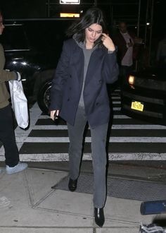 Kylie Kardashian, Kendall Jenner Style, Style Icons, Normcore, Street Style, Womens Fashion, Outfits, Suits, Urban Style