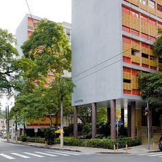 Edifício Louveira - Higienópolis  Arquitetos:  João Batista Vilanova Artigas e Carlos Cascaldi