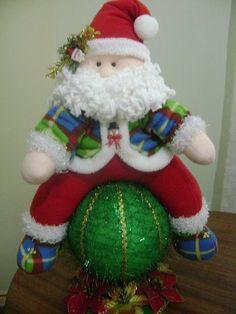ENERO 2013 ....GRACIAS.... Felt Christmas Decorations, Christmas Stockings, Christmas Crafts, Xmas, Christmas Ornaments, Holiday Decor, 4th Of July Wreath, Diy And Crafts, Felt Crafts