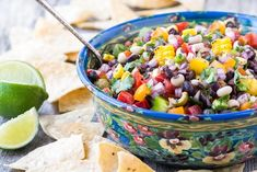 Cowboy Caviar ~ whether you call it Texas caviar, black bean salsa, blackeyed pea salad, or Southwestern bean salad, this all-American cross between a salsa and a salad is just plain GOOD! This multi-tasker is always welcome at barbecues and potlucks! #salad #salsa #dip #4thofJuly #MemorialDay #LaborDay #CincodeMayo #healthy #lowfat #gameday #gamenight #tailgating #beans #beansalad #vegan #vegetarian Picnic Food Kids, Picnic Snacks, Picnic Parties, Picnic Recipes, Picnic Ideas, Cowboy Caviar, Texas Caviar, Healthy Picnic Foods, Caviar Recipes